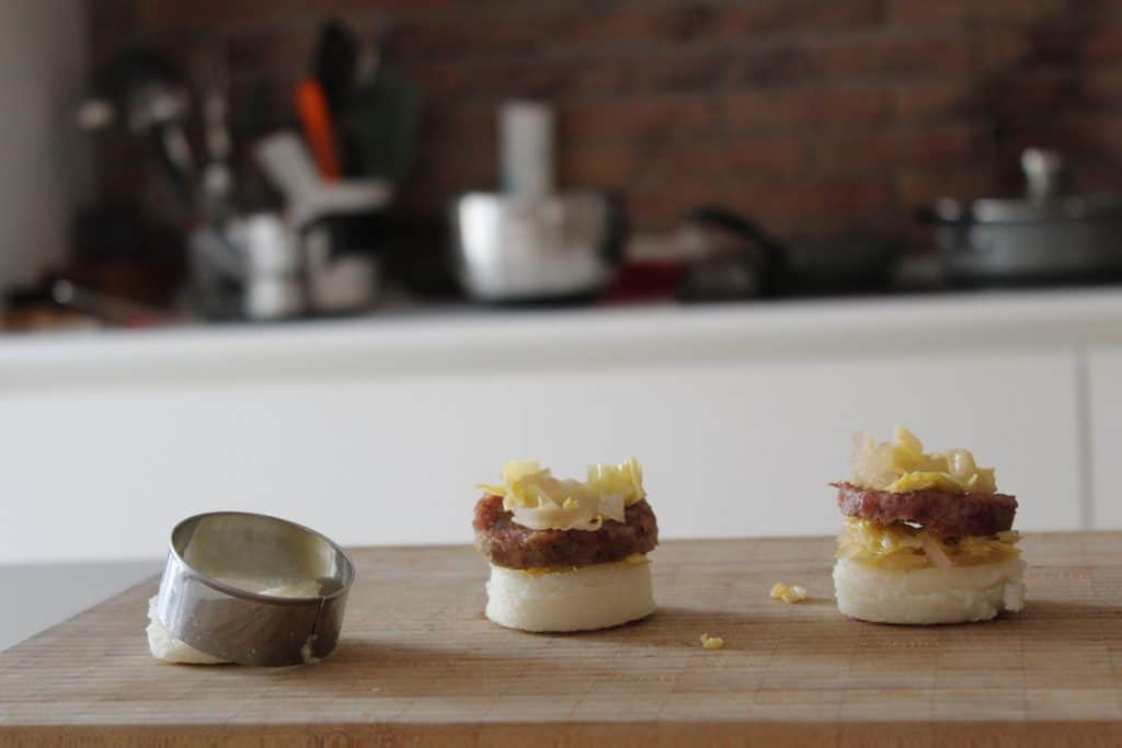 Crostini di polenta e musetto