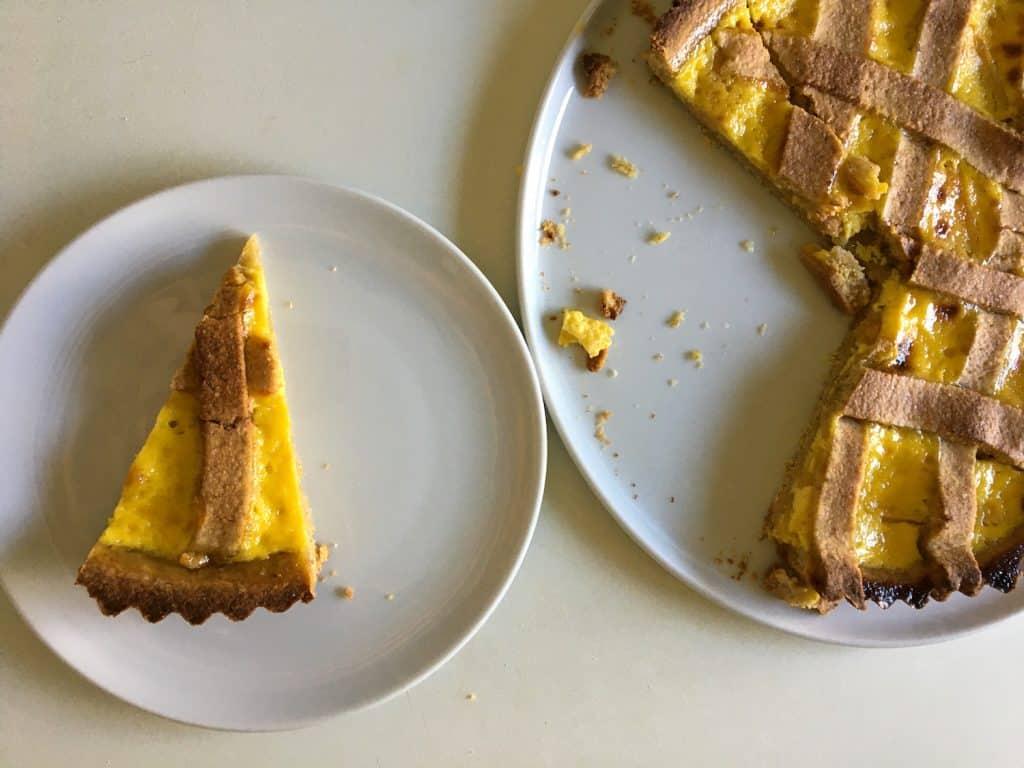 Torta profumata al sambuco
